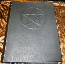 Handcrafted Leather Book of Shadows Wicca Blank Pentacle Symbol Grimoire