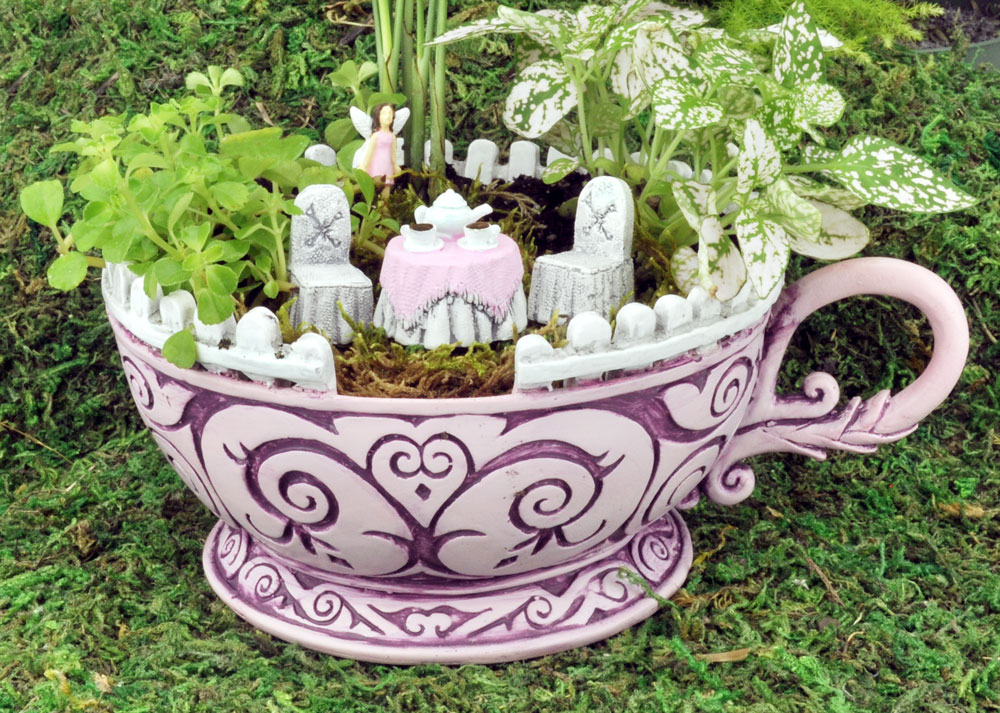 Miniature Wonderland Tea Cup Garden – 5 Piece