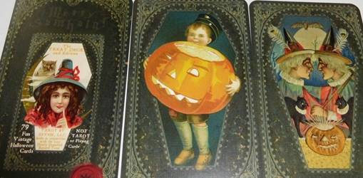 2017 Samhain TREAT Halloween Deck Self Published by Elaine Wilkinson
