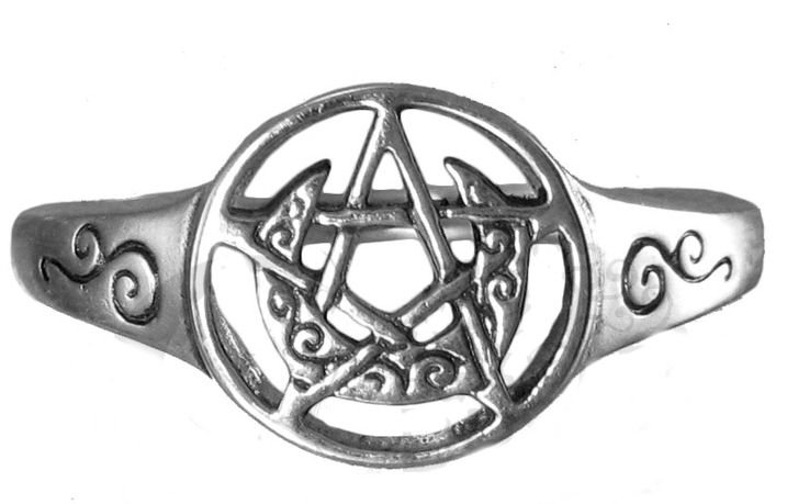 Dryad Designs Sterling Silver Crescent Moon Pentacle Ring