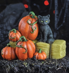 FAIRY GARDEN Miniatures Halloween Cat on Hay Bale