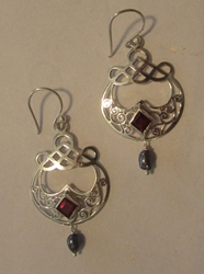 Beautiful Morrigan Earrings with Garnet & Black Pearl