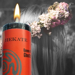 Hekate World Magic Candle Limited Edition