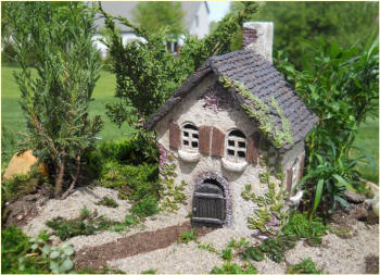 Miniature Fairy Ivy House